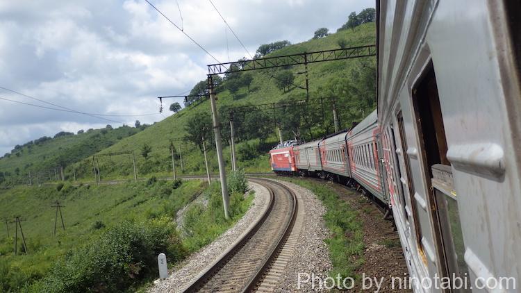 草原を抜けるシベリア鉄道
