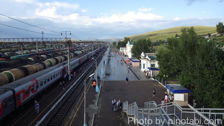 チェルヌイシェフスク・ザバイカリスキー駅の歩道橋からの眺め