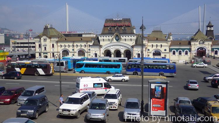 ウラジオストク駅前広場