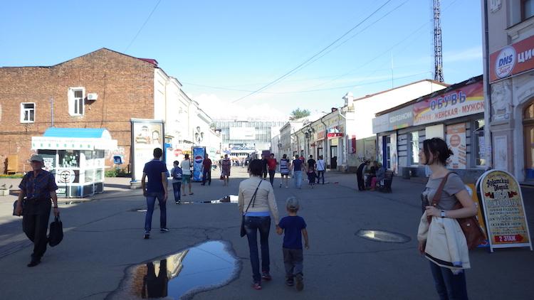 イルクーツク市内の通り