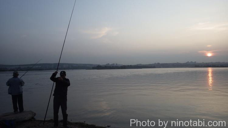 釣りをしていたおじさんたち