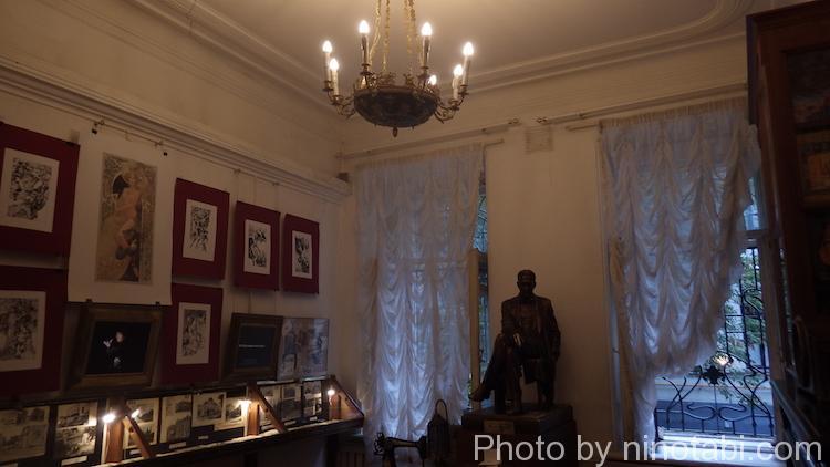 ブルガーコフの家博物館内
