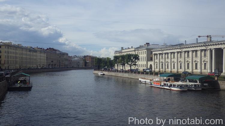 フォンタンカ川の遊覧船