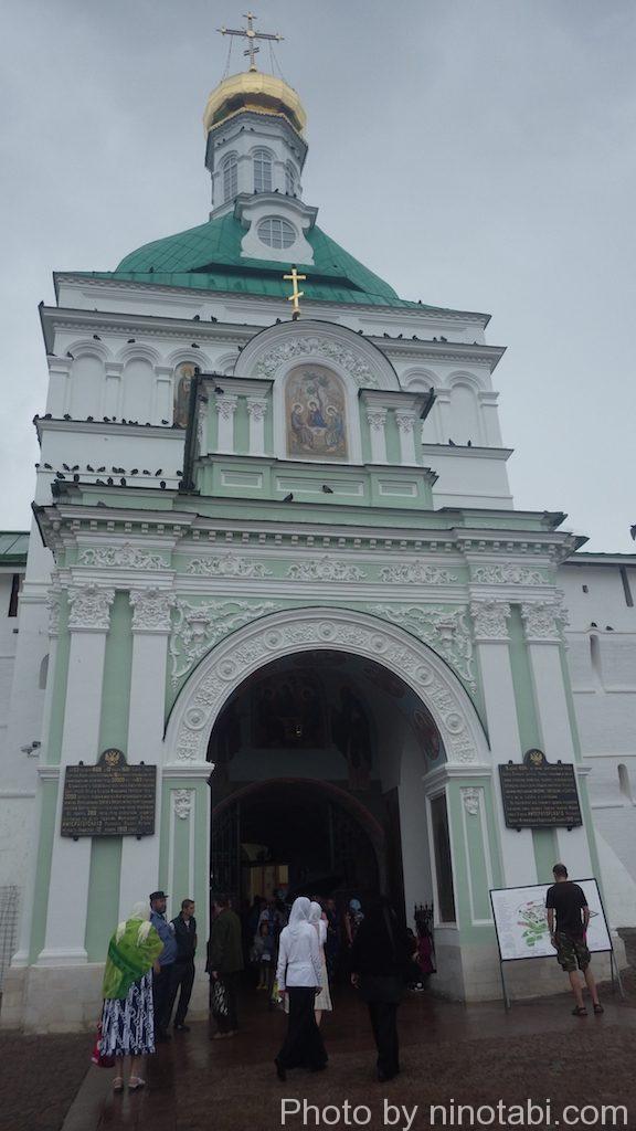 トロイツェ・セルギエフ大修道院入口