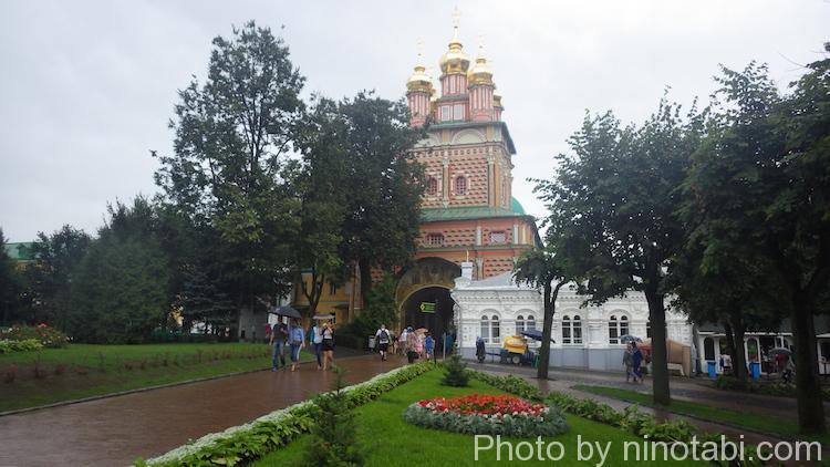トロイツェ・セルギエフ大修道院内