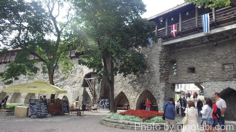 アレクサンドル・ネフスキー聖堂付近
