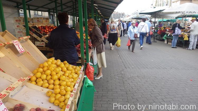 果物・野菜コーナー